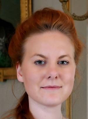 Julia Kjettselberg, 22 år, Hållnäs, utbildar sig till skådespelerska.