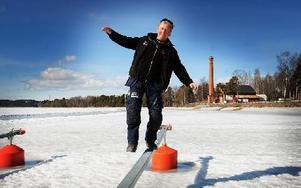 """Peter Hjelm i Runns intresse- och utvecklingsförening ser med tillförsikt framåt. """"Vi har fått positiva signaler från kommunen, säger han."""""""