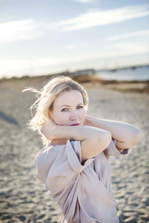 Ester Roxberg har väsentliga saker att berätta, skriver vår kritiker. Foto: Lina Alriksson