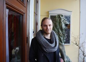 – Jag vill sträcka ut en hand och det här är mitt sätt, säger Jesper Lindgren, musiker och initiativtagare till välgörenhetsgalan Stjärnfall, den tredje i ordningen.