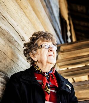 Stina har som sagt jobbat i rikdagen en längre tid och startade också upp Riksdagskören, där medlemmar från alla olika partier var med.    – Musik är ett