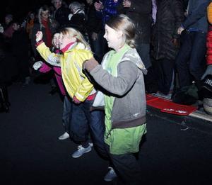 Alla var bäst, tyckte Karin Lundberg, 10, och kompisarna Stina Söderberg och Ella Alteby, som hade kul och dansade med till musiken.