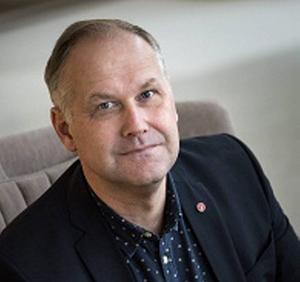 Jonas Sjöstedt (V), en trotsig tonåring?