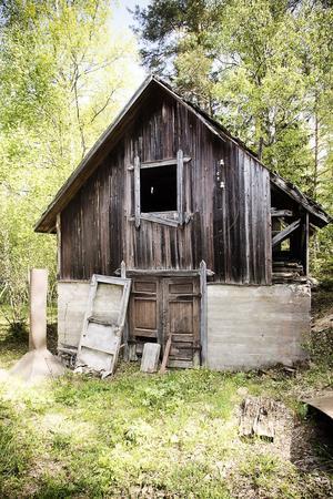 I dag är kakelugnsfabriken i Näsviken i tämligen dåligt skick.