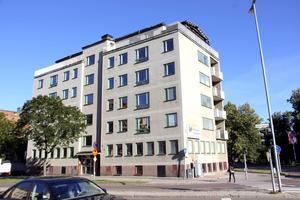 Huset nära Västra vägen ägs av en 89-åring i Saltsjö-Boo.