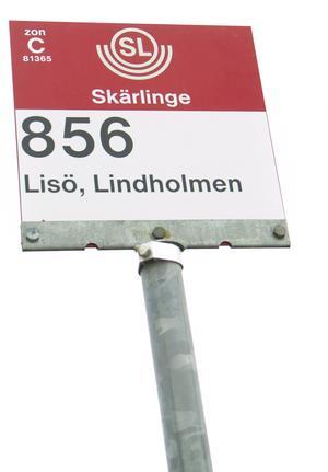 Busshållplats på Lisö. Foto: Birk Sollenius