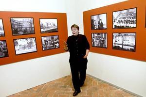 Engagerad. Intendent Ann Nilsén har grävt i arkiven och kan det mesta om Länsmuseets egen historia. Jubileumsutställningen är en fotokavalkad.