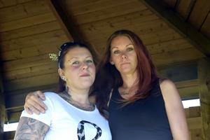 Veronica Tällberg, till höger, har startat en insamling för hussvampsdrabbade Martina Gustafsson.