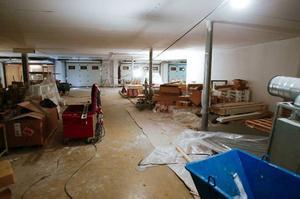 Det mesta liknar en byggarbetsplats, men om en dryg månad flyttar polisen in på Fyrvalla.