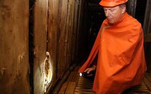 Svampangreppet i Falu gruva är ytterst aggressivt och gör att man kan tvingas riva nya ingången mot Stora Stöten, konstaterar Gunnar Sköndahl. Foto: Bengt Pettersson