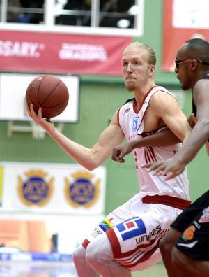 William Skagius poäng bäst i Dragons med sina 20 poäng.