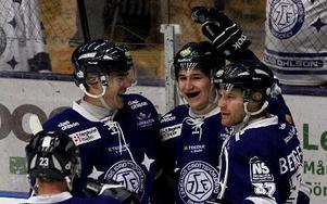 Patrik Hersley, Filip Forsberg och Jens Bergenström tänker inte slå av på takten. Foto: Staffan Björklund