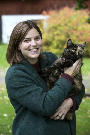 Katten Greta ingår också i familjen Kallur.