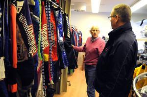 Kunderna återkommer år efter år och köper kläder av Erik Jernberg och de är noga med att det ska vara tillverkat i Malung.