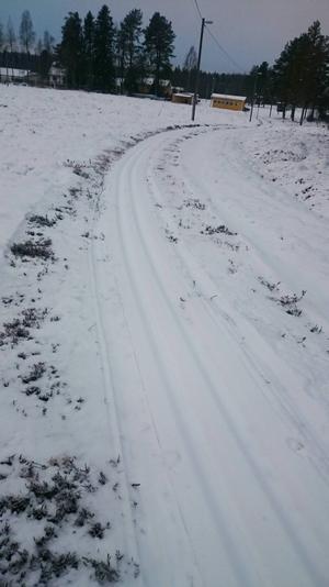 I Los ligger det nu ett två och en halv kilometer långt skidspår.