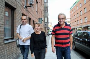 Festivalchefen Stefan Kauppi, bokningsansvariga Andrea Wiktorsson och vd:n Lars Sillrén andas ut efter Storsjöyran.