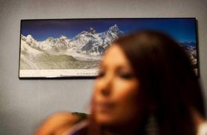 Pratima längtar ibland hem till sin familj i Nepal och skulle kunna tänka sig att flytta tillbaka någon gång.– Jag känner mig inte alltid som svensk, men jag vet inte om jag skulle känna mig så hemma i Nepal heller, säger hon.