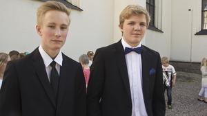 Axel Grusell och Jesper Söderström tycker att det känns bra att sluta högstadiet och det ska bli skönt att slippa plugget i sommar. Till hösten kommer Axel studera på NVU i Fagersta och Jesper Söderström ska gå på idrottsgymnasium i Falun.