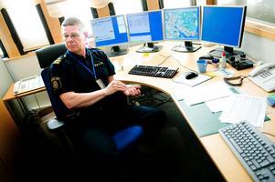 Vi ser det inträffade som allvarligt och det oavsett vem bilisten kört emot. Därför är det angeläget att det inte drar ut på tiden och viktigt att ett utredningen går snabbt, säger Bo Eriksson, presstalesman vid Dalapolisen.