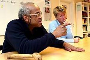 Foto: NICK BLACKMONBistra tider. Albert Gibbs och Ulla Andersson berättar om ett vänsterparti som har det jobbigt efter Gudrun Schyman-skandalen.