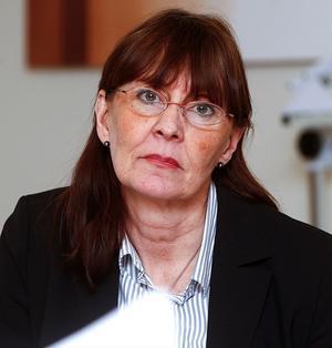 Landstingsdirektör Karin Stikå Mjöberg leder arbetet att hitta vägar för att kapa landstingets rekordlånga vårdköer en gång för alla.