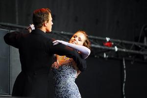 2008-09-02   Altira & danceworld. Dansföreställning Gatufesten 2008.