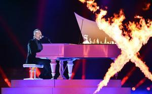 Är Melodifestivalen, där bland annat Ralf Gyllenhammar deltar, verkligen det SVT bör satsa pengar på?