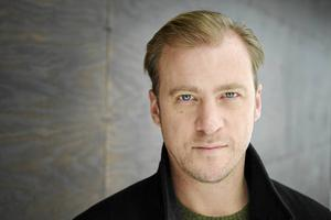 Erik Johansson spelar Patrik i