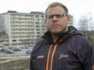 Tobias Lindberg vill se mejlkonversationen n mellan landstingsrådet och tre andra S-toppar.