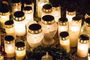 Många har långt till sina anhörigas gravar, och kan därför inte tända ljusen själva.