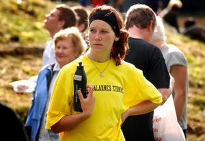 Jonna Dufåker blev utvald till en av sponsorlagets fem straffskyttar. Foto:Johan Källs
