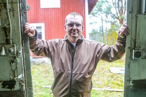 Hit men inte längre. Carl Eine Ström stod i vägen och satte stopp för de misstänkta tjuvarna som stod inne i hans bod. Sedan låste han in dem med hjälp av en träbod.