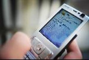 Ett hundratal av kommunens telefoner låg nere i ungefär tre timmar i förmiddags.