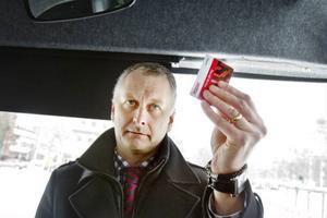 Stefan Fredriksson är vd på Länstrafiken. Han berättar att bolagets policy är att det ska löna sig att resa mycket.