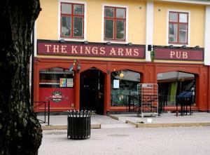 Kings arms, ett av Faluns vattenhål för livemusik under lång tid. Nu tystnar musiken från den scenen.