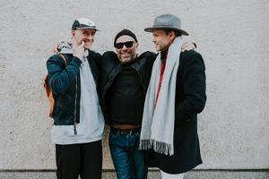 Tony Lorenzi, Micke Reuter och Mikael Genberg ställer ut tillsammans på Virsbo konsthall.