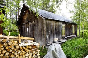 3. Det var i den här oansenliga byggnaden som Erik Bergqvist tillverkade 200 träbåtar.