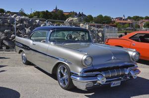 Norrlands populäraste bil 2016 är en Pontiac Starchief från 1957 som ägs av Lena och Leif Eldh i Norrbo.