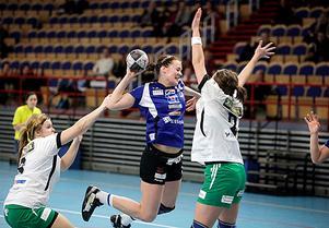 Handboll, IVH Västerås-Rimbo HK i Bombardier Arena i Västerås. Nr 24 i IVH, Lina Karlsson