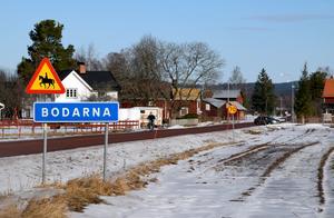 Här, mitt i Bodarna, vill den lokala vägföreningen ha till stånd en