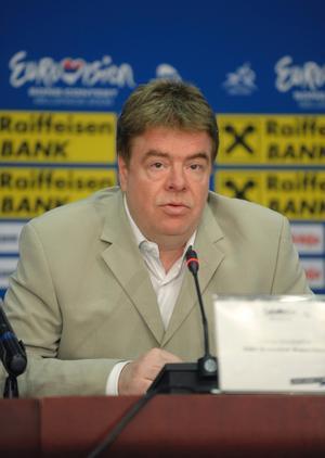 EBU, med schlagerchefen Svante Stockselius i spetsen, vill stoppa kompisröstningen och har infört en expertjury.