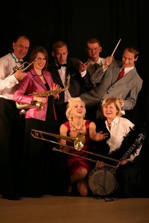 Gunhild Carling Family gästar Östersund och Gamla Teatern i början av oktober.