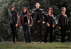 Kill! Kill Pussycat är ett av flera band från Ånge som matchas av Takida.