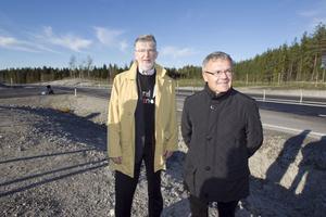 Bengt Gill, före detta planeringschef i Hudiksvalls kommun och Sven-Åke Thoresen, före detta kommunalråd, fick äntligen vara med om invigning av nya E4:an mellan Hudikvall och Enånger.
