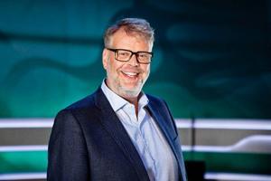 Hans Rosenfeldt är programledare för TV 4:s nya söndagsunderhållning