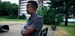 Muhudin Izadin, 16-årig somalier som ska utvisas till Italien. Detta trots att han har sin farbror Qaalid Shariif boendes i Västerås och ingen släkt alls i Italien.