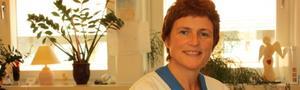 Vera Blennerhasset-Olsson är barnmorska på Sala Väsby och träffar varje dag Salakvinnor som ska bli mammor. Foto: Lova Jansson