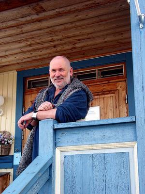 Bror-Eric avled hemma i Bjuråker bland sina närmaste.