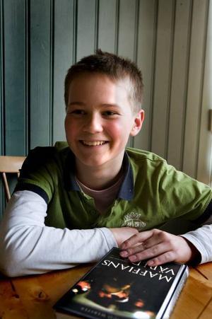 Smart som går vidare. Petter Martinsson har kvalificerat sig för deltagande i Tv3:s nya frågesport Sveriges smartaste barn. Han är en av 56 elever från hela landet som nu går vidare till slutomgången.