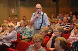Oro. Förändringarna för Lindens matsal och kaféhörna är ett av flera orosmoln för de äldre, framförde Åke Pettersson, ordförande i PRO Askersund.